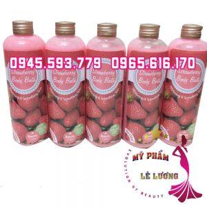 sua-tam-trang-Strawberry-Body-Bath-2